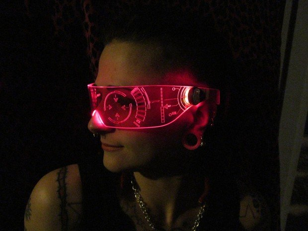 light_up_led_visors_by_illumi_nation_3
