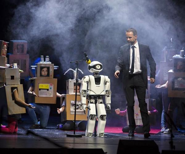 This Opera Stars a Robot