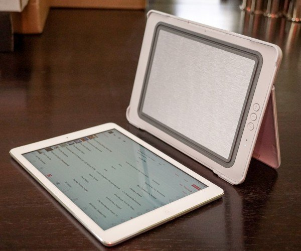 Review: SoundCover Amps up iPad Speakers, Protection