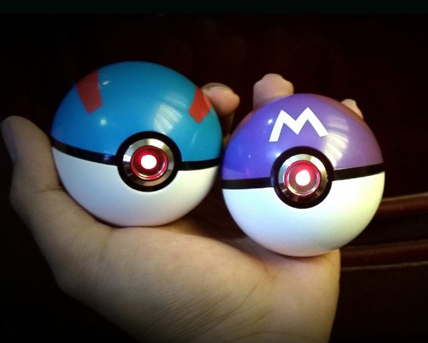 pokemon_poke_ball_light_up_replicaby_the_pokeball_project_2