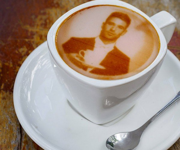 Ripple Maker Makes Fancy Coffee Art