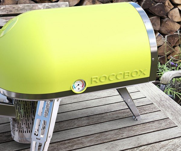 The Roccbox Portable Stone Oven Bakes a Pizza in 90 Seconds