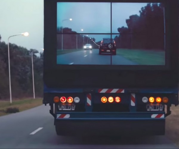 Samsung's Safety Truck Let's Drivers See Through an 18-Wheeler