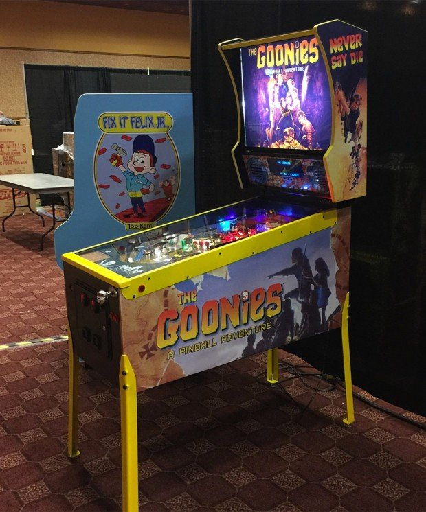 the_goonies_pinball_machine_1