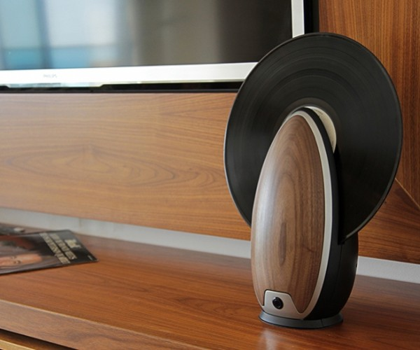 Toc Record Player Spins Your Vinyl Vertically