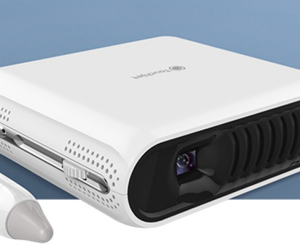 Touchjet Pond Projector Turns Any Surface into a Touchscreen: Tablet Overdose