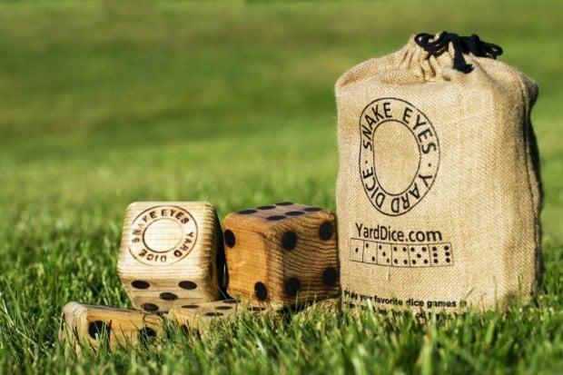 wood_dice_1