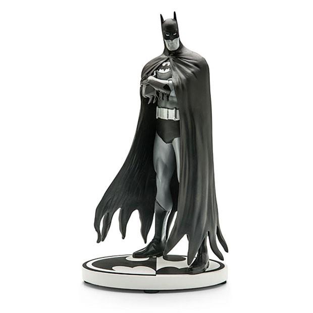 batman-statue-1