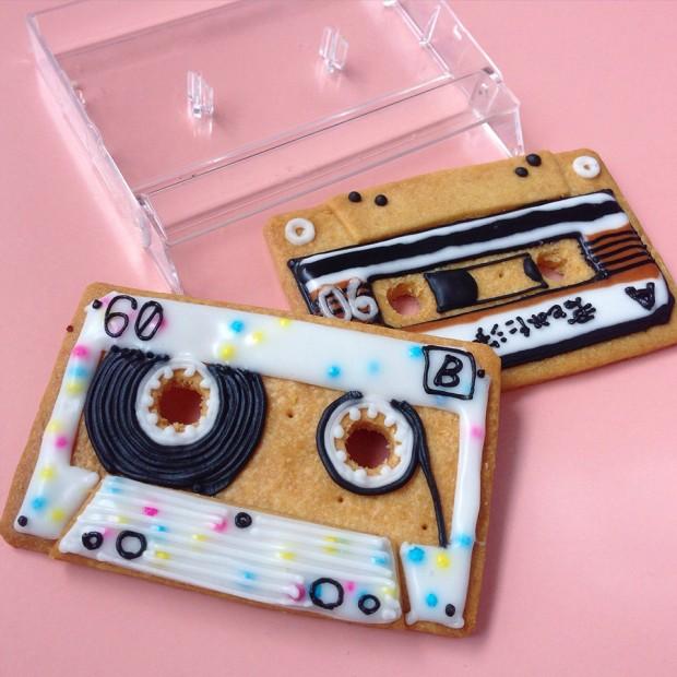 cassette_tape_cookies_by_ayaka_matsuno_2