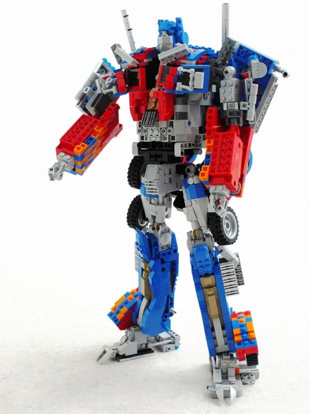 lego_optimus_prime_2