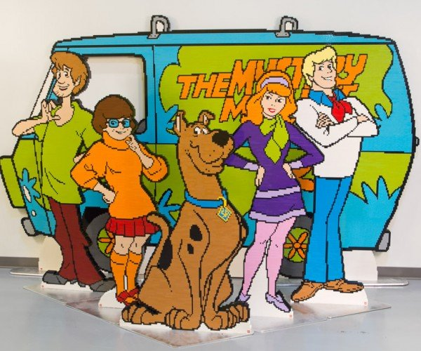 Life-Size LEGO Scooby Doo Mystery Machine Headed to SDCC