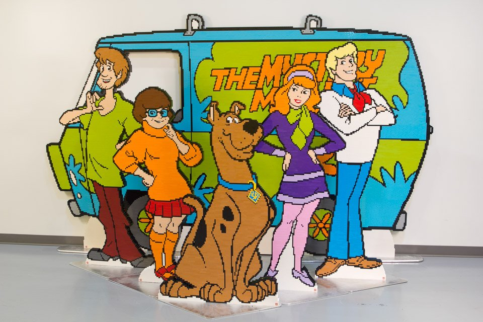 Life Size LEGO Scooby Doo Mystery Machine Headed To SDCC