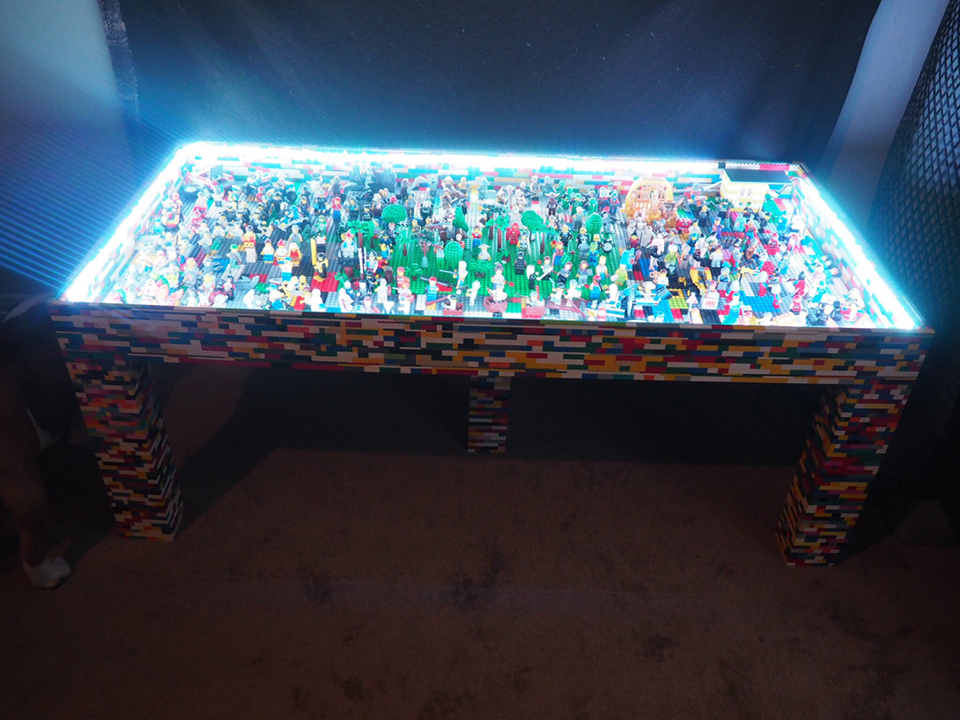 Bon The Table Itself Is Made From Wood But Has Been Covered By Countless LEGO  Bricks. Beneath Its Glass Top Are More Than 250 Minifigures And Other LEGO  Pieces.