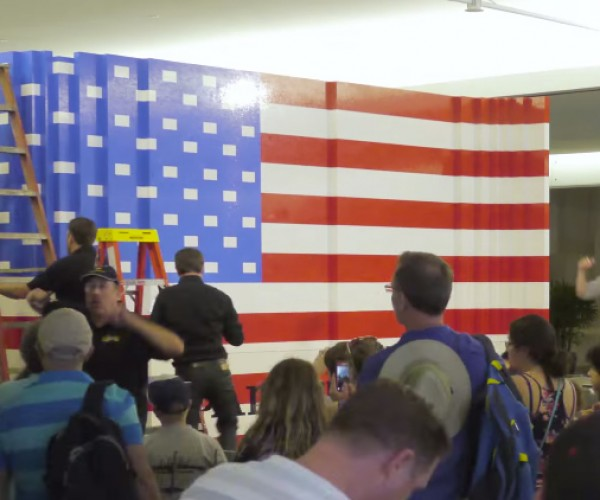 World's Largest LEGO United States Flag: The Stud Spangled Banner