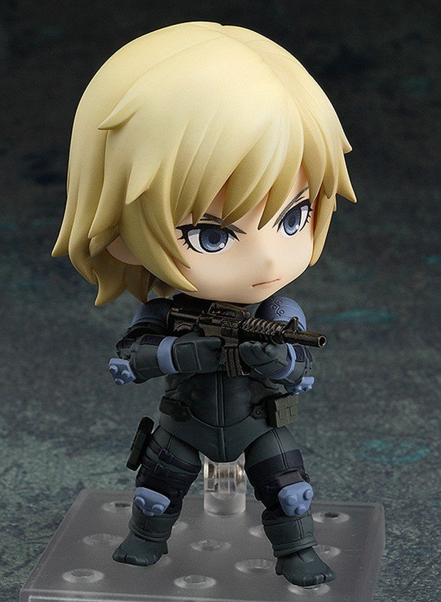 metal_gear_solid_2_raiden_nendoroid_3