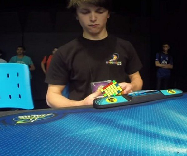 Guy Sets World Record for Solving a 7×7 Rubik's Cube