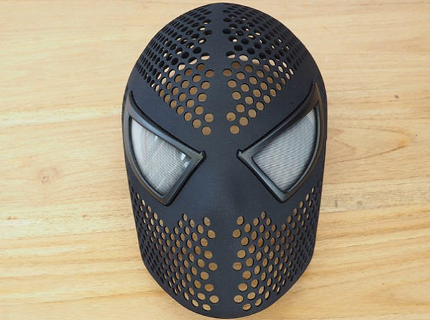 3d_printed_spider_man_mask_by_Yuri_Schuurkes_2