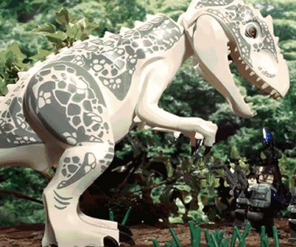Jurassic World in 90 Seconds (in LEGO)