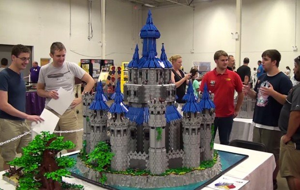 lego_legend_of_zelda_hyrule_castle_by_joseph_zawada_t