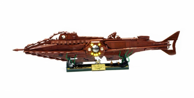 lego_nautilus_20000_leagues_under_the_sea_by_orion_pax_3
