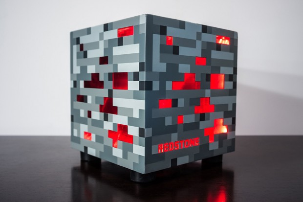 minecraft_redstone_pc_by_spencer_kern_1
