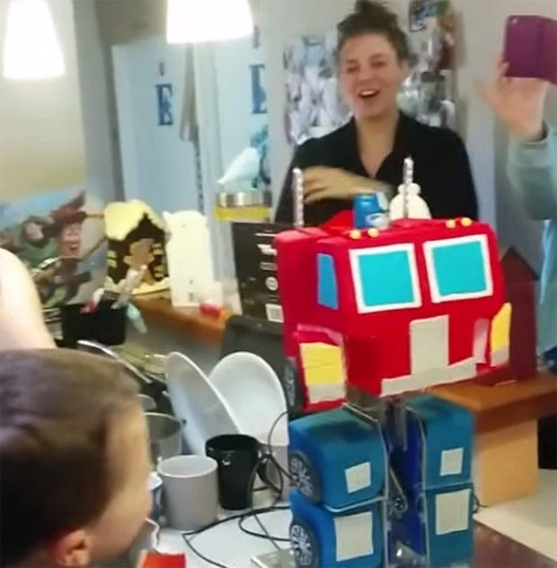 transformers_optimus_prime_cake_1