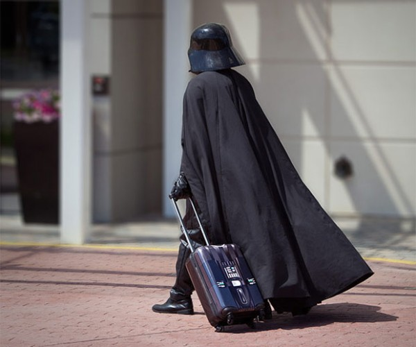 Darth Vader Rolling Luggage: I Am Your Carry-on