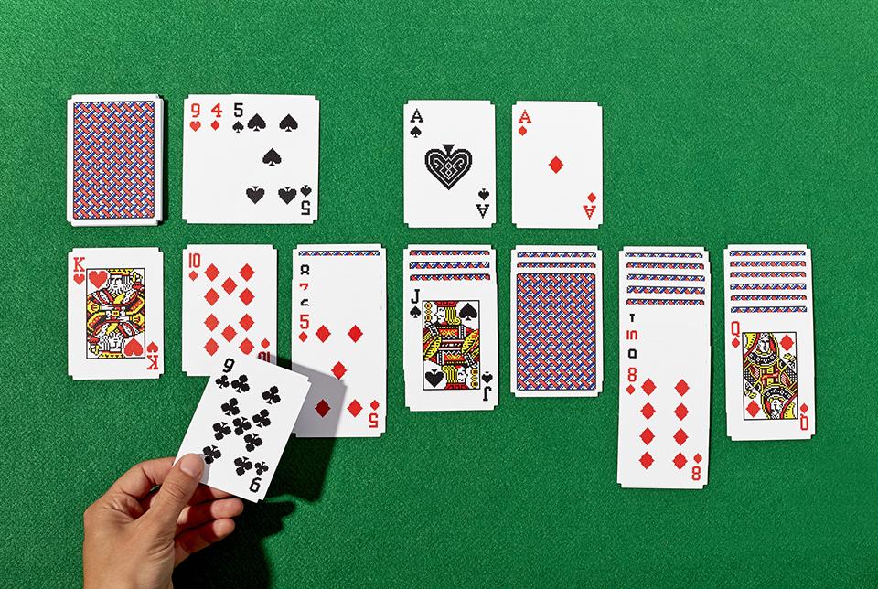 Игра в карты семерочка
