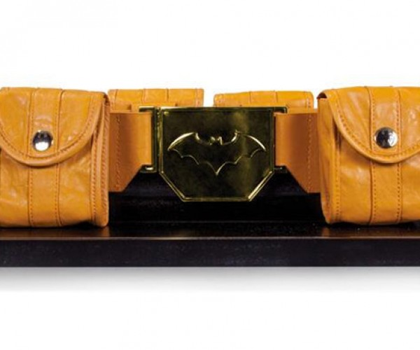Dark Knight Utility Belt Replica: for 34″ Waist Superheroes Only