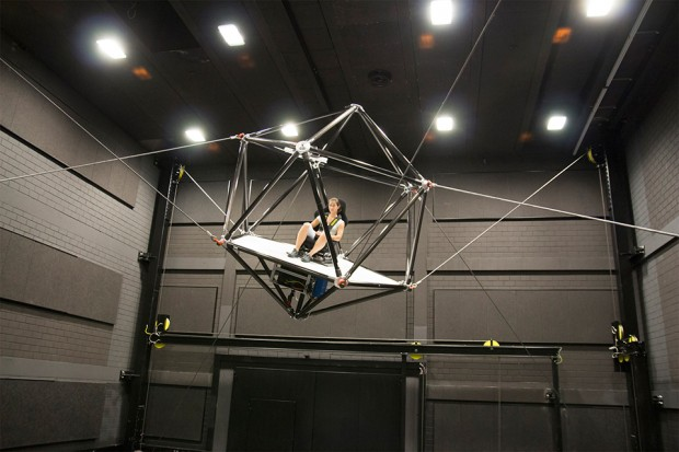 cable_robot_motion_simulator_by_Fraunhofer_and_Max_Planck_Institute_1