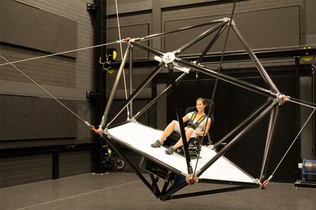 cable_robot_motion_simulator_by_Fraunhofer_and_Max_Planck_Institute_2