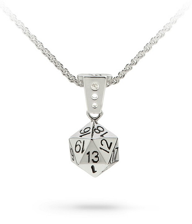 d20_necklace_1