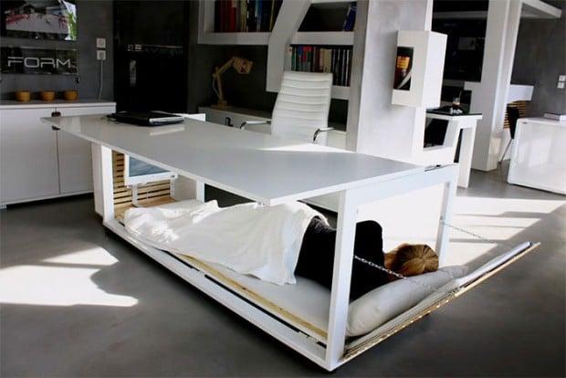 schreibtisch mit bett nap desk das kraftfuttermischwerk. Black Bedroom Furniture Sets. Home Design Ideas