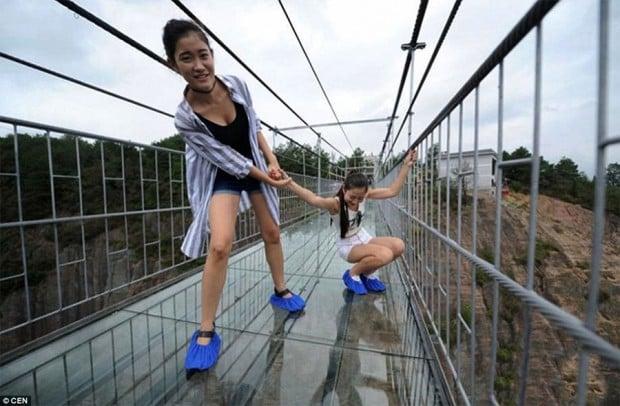 glass-bridge-1