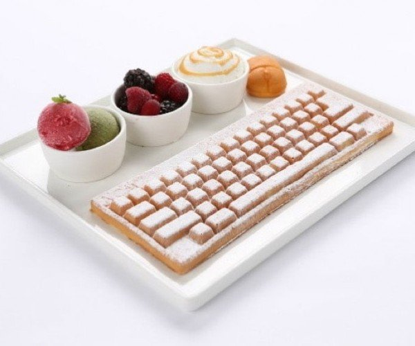 Café Makes Keyboard-Shaped Waffles: Sticky Keys