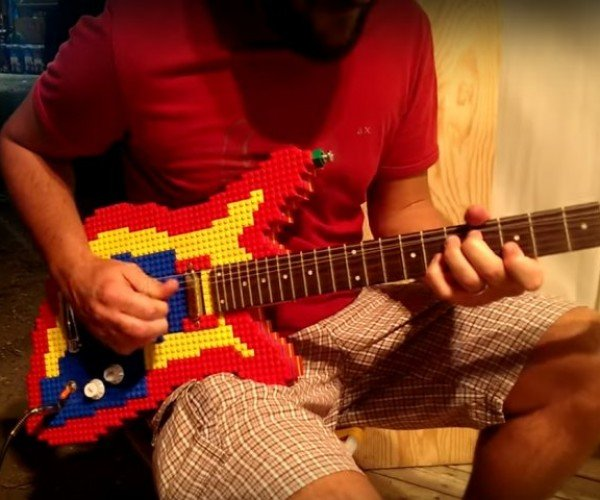 Working LEGO Electric Guitar: Brick Axe
