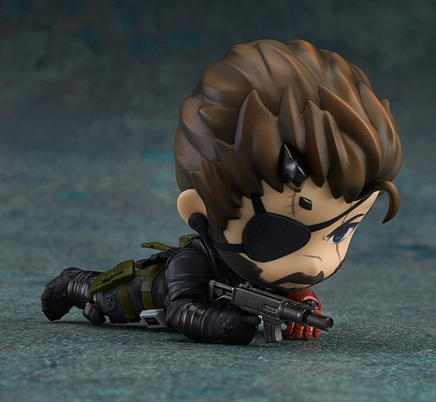 metal_gear_solid_v_venom_snake_sneaking_suit_version_nendoroid_3