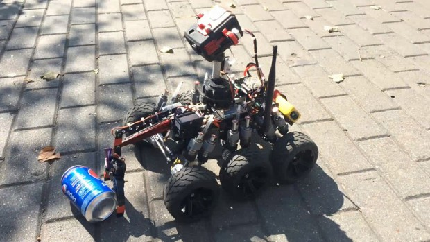 moon_one_3d_printed_remote_controlled_rover_by_michael_larkin_1