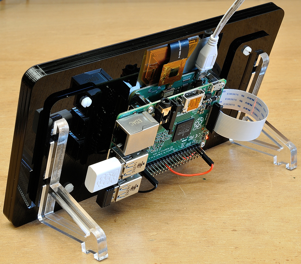 Official Raspberry Pi 7 Quot Touchscreen Display Pi Pan