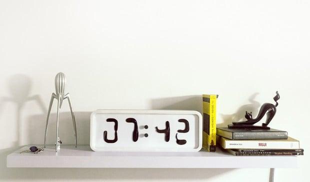 rhei_clock_3