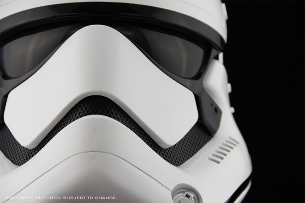 star_wars_the_force_awakens_first_order_stormtrooper_life_size_helmet_by_anovos_1