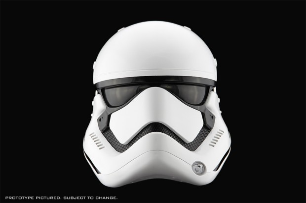 star_wars_the_force_awakens_first_order_stormtrooper_life_size_helmet_by_anovos_2