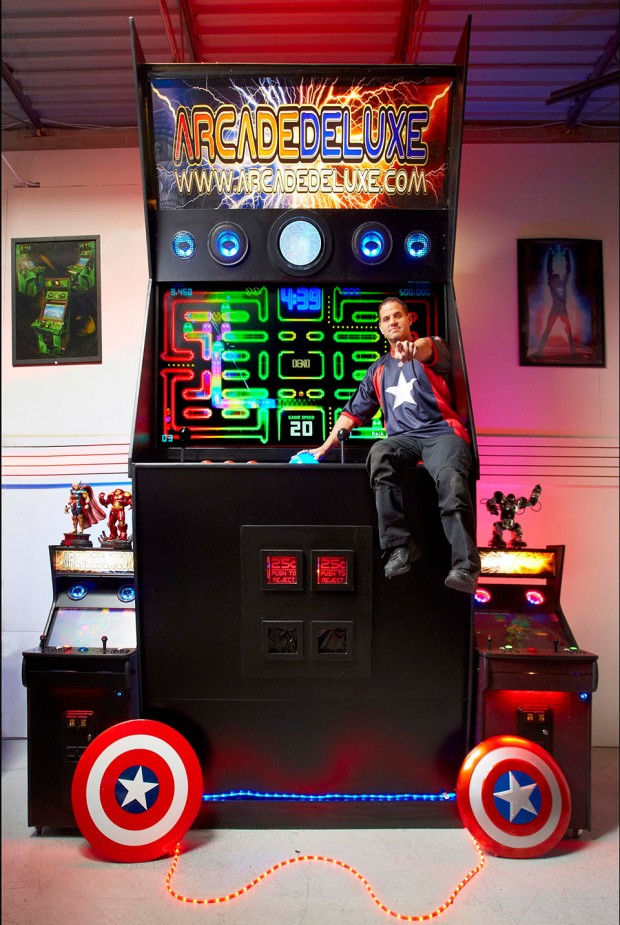 worlds_largest_arcade_machine_1