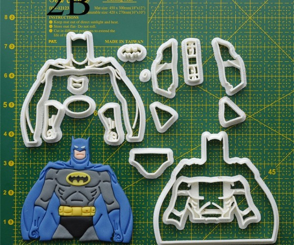 Awesome Batman Cookie Cutter: DC Cookies
