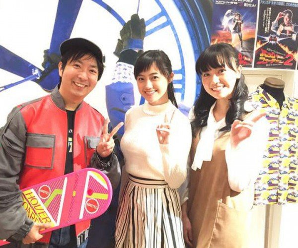 Back to the Future Cafes Hit Japan