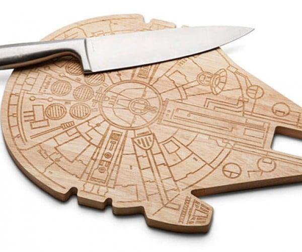 Millennium Falcon Cutting Board: Cut 12 Parsnips in 12 Parsecs