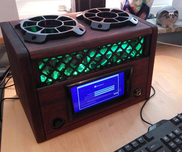 DIY Fallout-inspired Tube Radio PC Casemod Plays More than Just Galaxy News