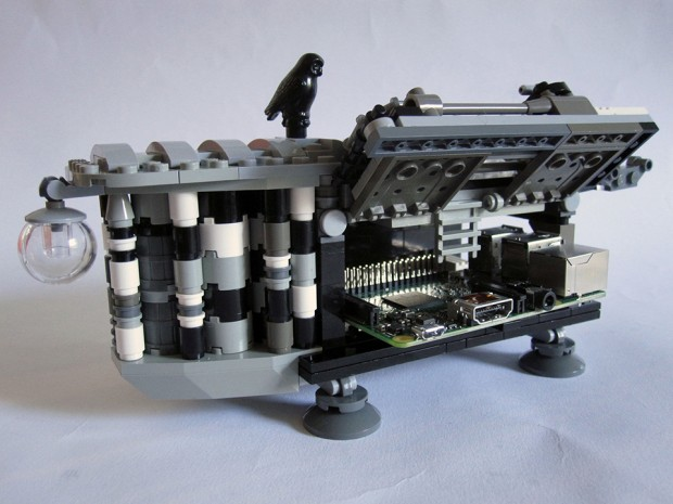 lego_analytical_engine_concept_set_by_stewart_lamb_cromar_6