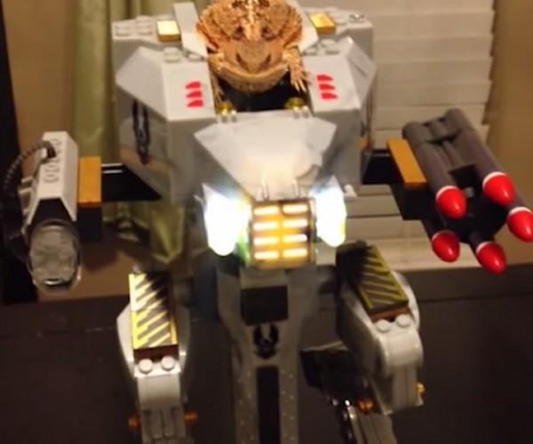 Horned Lizard Rides Robot, Kills Enemies Dead