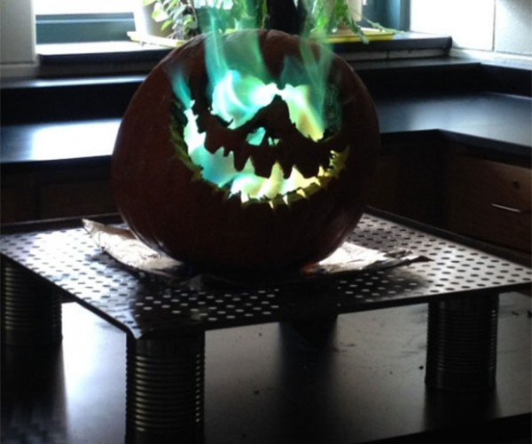 Jack-o-Lantern Spouts Freaky Green Flames